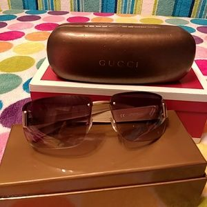 fc5d8722aee Gucci. Authentic Gucci sunglasses. Made in Italy